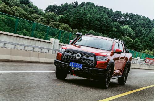 长城炮荣获2020中国汽车电视总评榜年度最具影响力乘用大皮卡