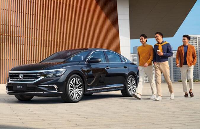 现款降价3万,新款车型下月上市,帕萨特销量还有救吗?