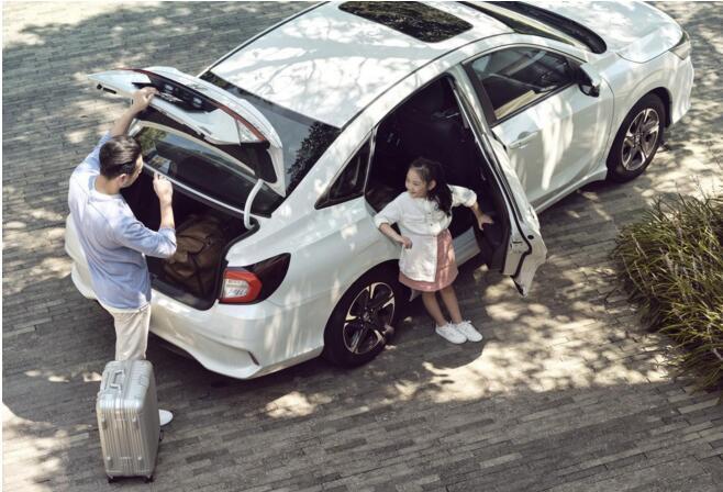 为何说享域锐·混动是花A级车的价格,买B级车的享受?